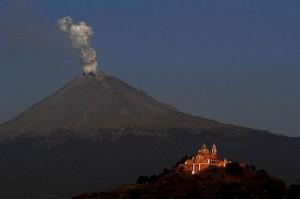 mexico-volcano cholula puebla